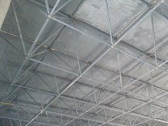安装网架屋面板的方法和注意细节