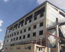 佰斯特医药化工厂房采用亿实筑业钢框架